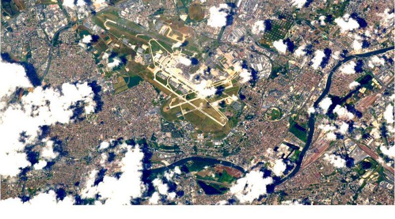 Image Orly vu de l'espace